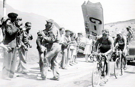 bigringriding:  RATHER THAN PULL OUT OF THE 1947 TOUR DUE TO SEPSIS, RENE VIETTO HAD HIS TOE AMPUTATED. THEN COMPLETED THE RACE. ALSO, HERE, HE SEEMS TO HAVE NARROWLY AVOIDED A PLANE CRASH. FUCKING A MY MAN. BEAT THAT YOU CISSIES.  We should do some genetic testing. Jens Voigt must be related to Vietto.