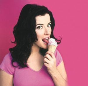 Am I the only one who sees an icecream there?  Stop it, woman!