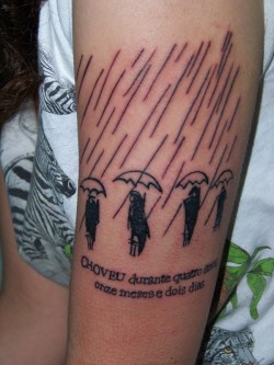 "tattoolit:  fuckyeahtattoos:  It says ""It rained for four years, eleven months and two days."" in portuguese. The illustration and phrase are from ""100 years of solitude"" by G.G. Márquez. That book means a lot to me.  This picture was takes the same day i got the tattoo, so it's a little bloody. It was very cold that day.   (via fuckyeahtattoos)"