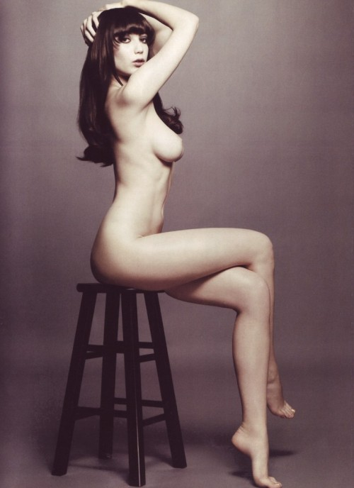 Damn you Daisy Lowe… and all of your visual perfection.