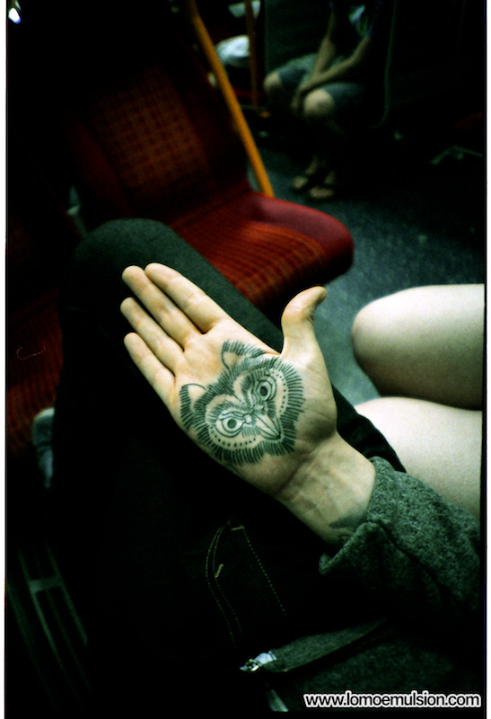 lightandblindness:  My hand, on a train.