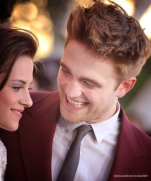 cullenizme:  imteamkstew:  they are so pretty <3  This is one gorgeous couple, full of love