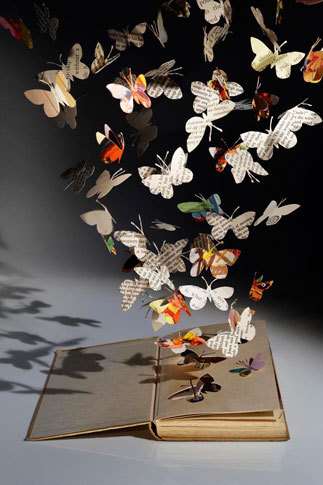 Via libraryland:  Su Blackwell Book Sculpture: Hope