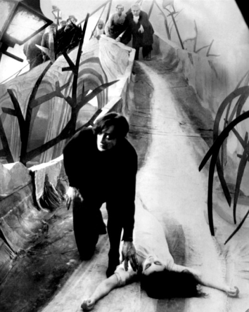 Conrad Veidt & Lil Dagover in The Cabinet Of Dr. Caligari (1920, dir. Robert Wiene) (via) (online here)