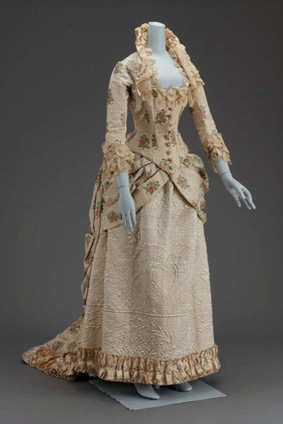 defunctfashion:  Opera Gown | c. 1885 Perfection.   Indeed! Would you mind telling me where is this housed?