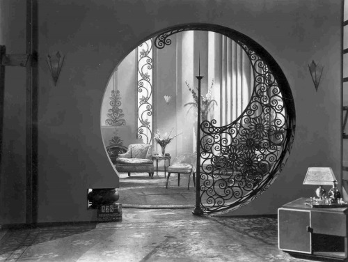 earwigbiscuits:  Beautiful interior from Fox's Pleasure Crazed, 1929  <3!