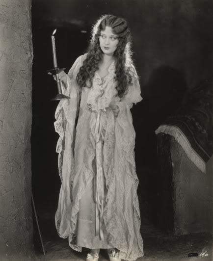 dolores-costello:  Dolores Costello by candlelight C. 1920s