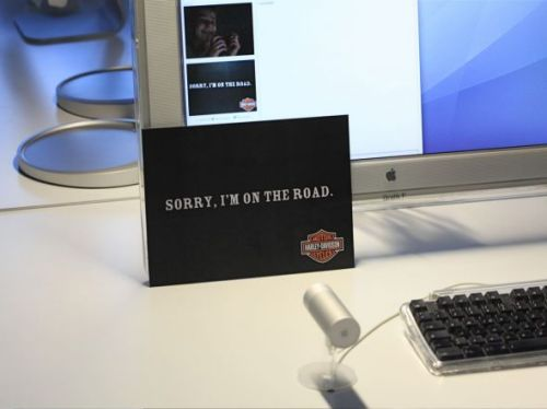 yojason:  Harley Davidson advertising on chatroulette via adsoftheworld.com