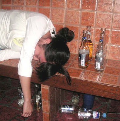 day 17. a drunk photo of you This is what will happen to me when I get wasted :D.  I'm not a beer drinker, I prefer Tequila! Or any yumyum hard liquor.  I don't do crazy things (actually, I wouldn't know 'coz I haven't tried getting piss ass wasted yet) when I'm inebriated, I just fall asleep =))  **FYI: Photo's staged :p