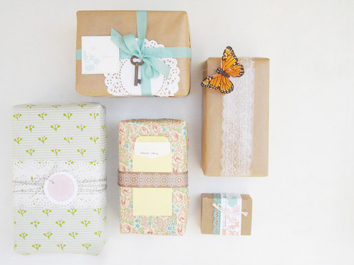 jenniferjohner:  tammykay:  moline:  diy packaging. (by danni)