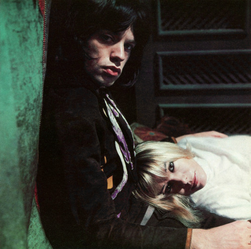 Mick Jagger + Anita Pallenberg (via nevver:Diet Coke and Sympathy)