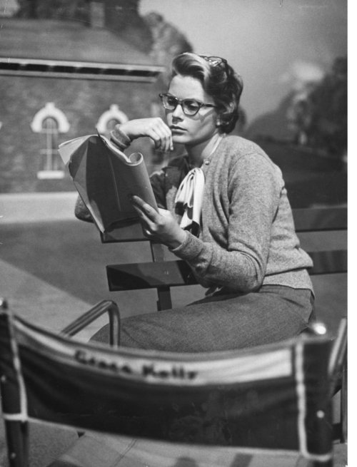 mattybing1025:  Grace Kelly reading a script.
