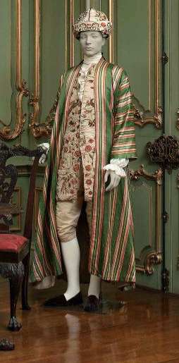 Banyan Robe | c. 1750-1775 I want to make a banyan for myself. I think a fabric buying trip needs to happen soon. Also called a morning gown, robe de chambre or nightgown, the banyan was a loose, T-shaped or kimono-like cotton, linen or silkgown worn at home as a sort of dressing or informal coat over the shirt and breeches. It was usually paired with a soft, turban-like cap worn in place of the formal periwig.