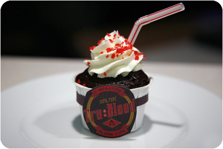 Taste True Blood. This is the cutest True Blood cupcake I've seen. Only 2 more days until Sunday! Who else is as excited as me?