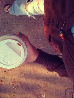 honey vanilla chai ~ torn jeans~ cozy sweater~ peru parrot necklace/// what a way to start the day