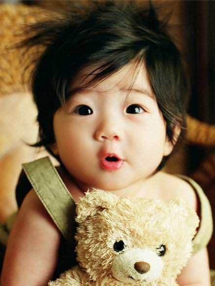 i want my baby to be like her :3333333 frickenbetsyy:  (via watchufrom)