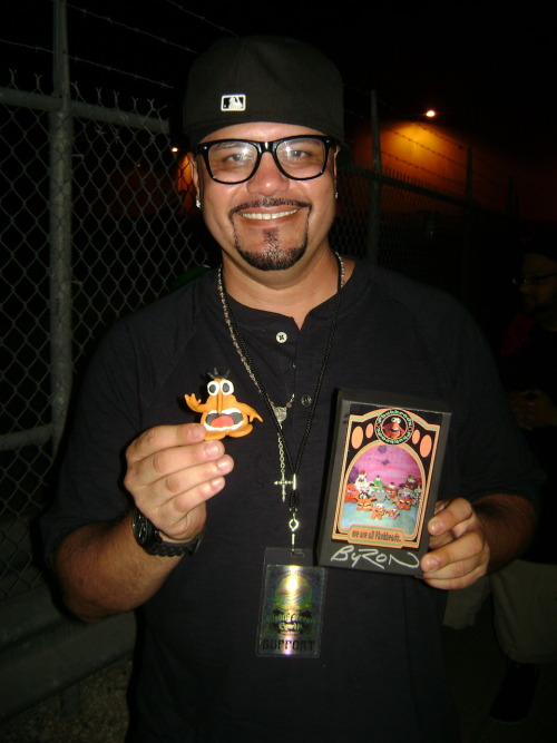 Meet the newest member of The L.O.O.P.0784 DJ JULIO G of WESTSIDE RADIO/CYPRESS HILL 2010 TOURInducted: 08.20.2010Location: Hard Rock Live, Orlando, FL
