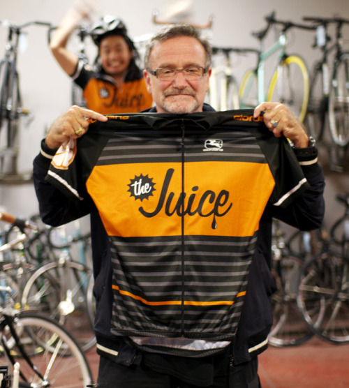 urbanbixi:   Robin Williams reps The Juice!  (via ridetheblackline)