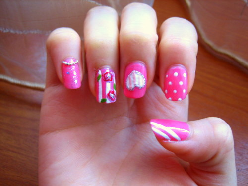 Did pink girly nails for my friend. I love the shape of her nails! Inspired by Katrina's nail design :)