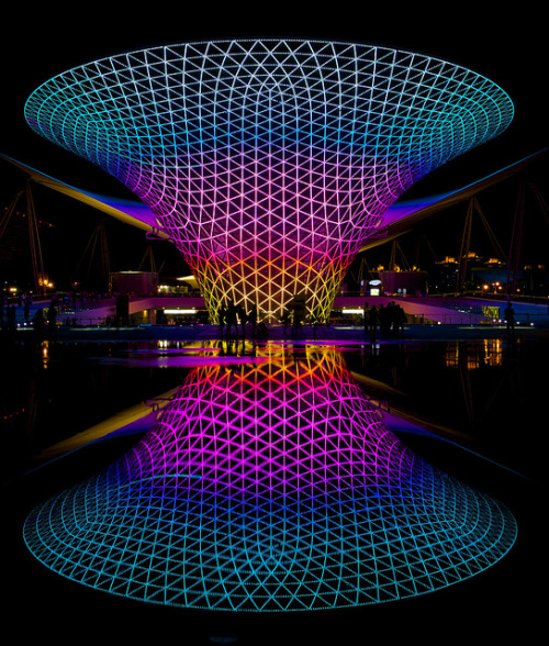 shanghai expo celebration square (by alexander reneby / 艾力克)
