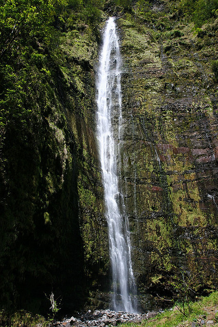 Haleakala National Park Waterfall, Hana, Maui (by Ralph Combs) Haleakala National Park, Hawaii.