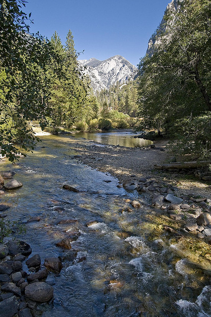 Kings Canyon National Park (by Jack Goldfarb) Kings Canyon National Park, California.