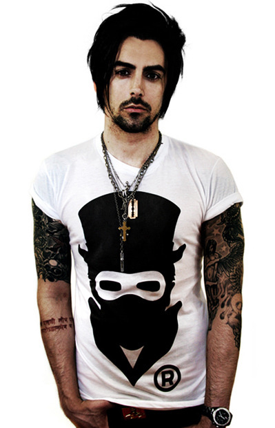 Forgot how much I loved Ian. And Lostprophets. Phwoar.