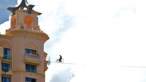 bigspoke:  Record Broken for Highest Bicycle Tightrope Crossing!