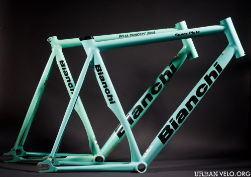 Bianchi Super Pista and Pista Concept, which one do you prefer? Read the comparison by Urbanvelo.