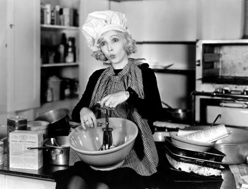 Bessie Love gets ready to bake us some cookies C. Early 1930s