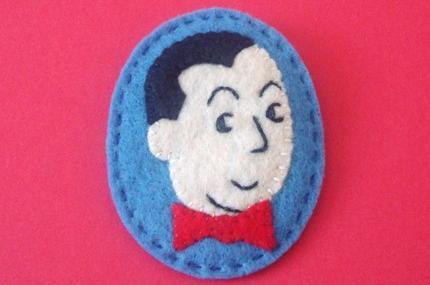 Pee-wee Herman hand stitched and embroidered pin. (via madebygwen)
