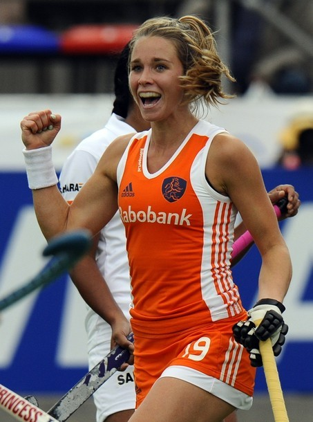 Ellen Hoog of Team Netherlands. Why yes, I'm a staunch supporter of women's field hockey.