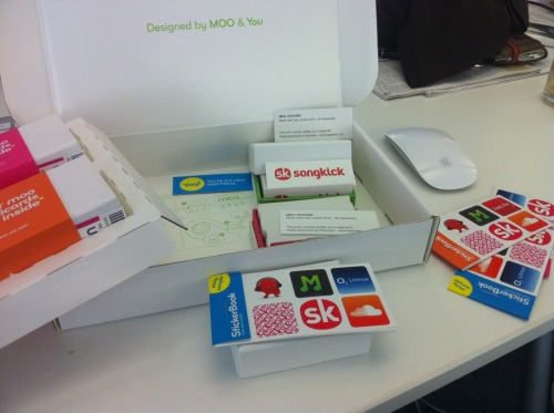 lots of lovely Moo gear arrived for Music Hack Day this afternoon. Love all the extra thought they've put into the packaging.
