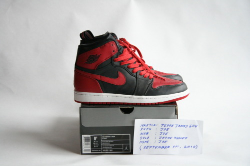 AIR JORDAN 1 HIGH (STRAP): VARSITY RED/BLACK  SIZE: 8.5 / CONDITION: DEADSTOCK   NOTES: ORIGINAL RETRO CARD INCLUDED  PRICE: $140 (OR BEST OFFER (ALL OFFERS WELCOME))  MORE PHOTOS: CLICK HERE
