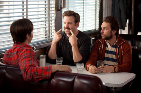 jason sudekis on nudity, drinking with the cast of mad men, & breaking jennifer aniston's heart  Isn't full frontal a requirement for male comic actors these days? I don't know if that's true. But I guess there have been a lot of funny male nude scenes. Jason Segel in Forgetting Sarah Marshall, obviously. And Harvey Keitel in Bad Lieutenant. I don't think the Keitel one was meant as comedy. It's not? That's weird. I watched it in a bar with the sound off. It seemed funny to me, but I may be going to the wrong bars.