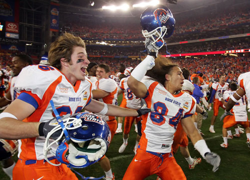 Boise State BCS Busters The first weekend of college football ended with a cherry bomb.  No. 3 Boise State took an early 17-0 lead only to watch it slip away to No. 10 Virginia Tech. In the end they stormed back to win 33-30. Sean Keeley has the action packed recap in our StoryStream.