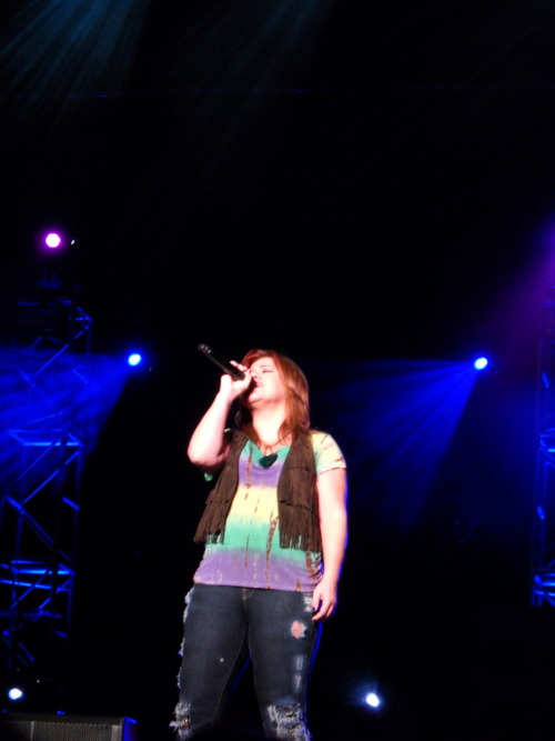 Kelly Clarkson August 27, 2009Mohegan Sun Grandstand at The Great New York State Fair - Syracuse, NYCategory: Performance Submitted by: Bri Linton