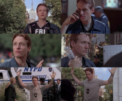 "Linus Roache as Special Agent Andy Archer in Kidnapped (Episode 10, ""Impasse"")"