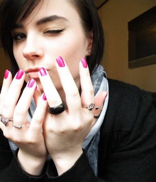 "OPI ""Flashbulb Fuchsia"".  Via"