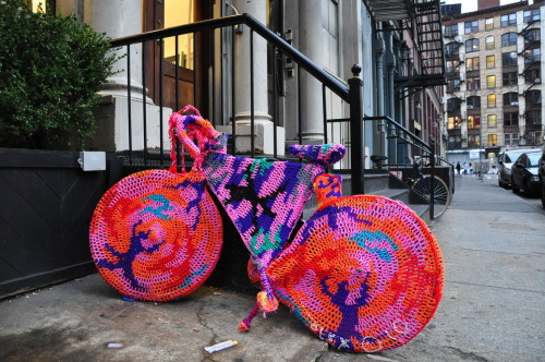 knitted bike/Green street/Soho