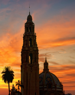 California Tower, Balboa Park, San Diego, California by Lee Sie