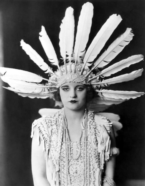Tallulah Bankhead in the London stage production of The Dancers (1923) Image Source: Wikimedia Commons