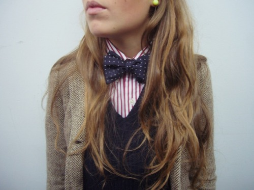 thetieguy:  women wearing menswear? sexy!