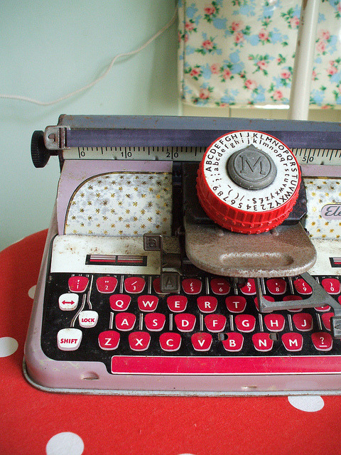 hellotypewriter:  Tin typewriter (by shevie)