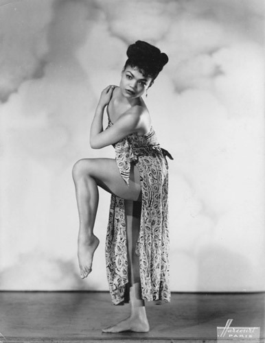 ruggedlacedlust:  Eartha Kitt for #ThrowbackThursday Eartha Kitt was, and still is, my IDOL: singer/dancer/actress/civil rights activist/philanthropist I'm still in love with the way this woman carried herself with grace, yet continually exuded sex appeal like no other. Love, love, LOVE her.