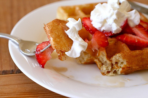 prettyfoods:  Waffles of Insane Greatness « Annie's Eats   this looks pretty much amazing and i bet it tastes even better