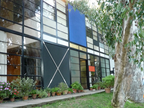 The Eames House (Case Study #8) was built in 1949. Plan a visit to see it for yourself!