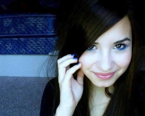 Demi Lovato OLD TIMES PHOTO … So Cool right?