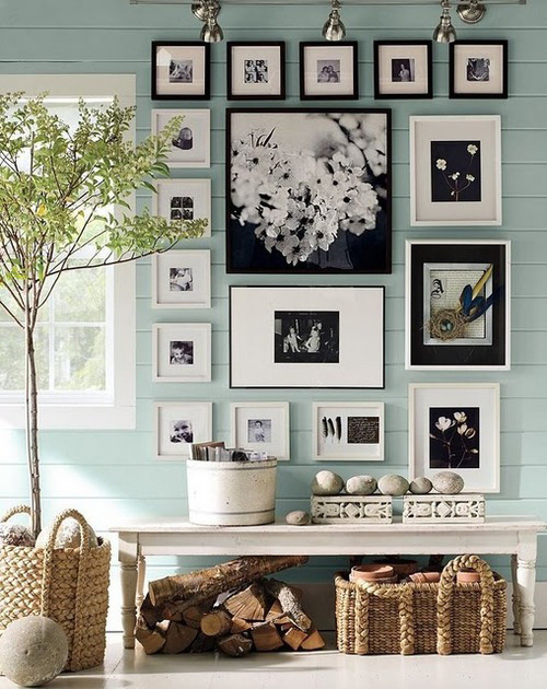 For those frame lovers :)  photo wall inspiration (by Danielle de Lange)