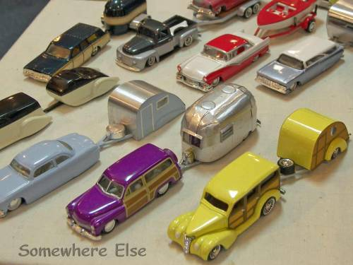 worldofminis:  Check out these gorgeously made caravan miniatures. Makes us want to go on a tiny camping trip! Somewhere Else » Time Machines